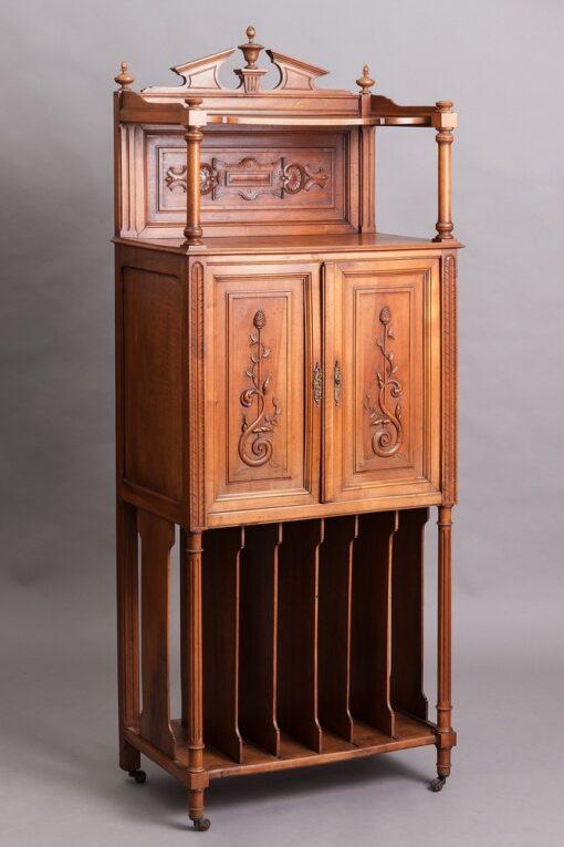 Этажерка-шкафчик, первая половина XX века, Франция.
