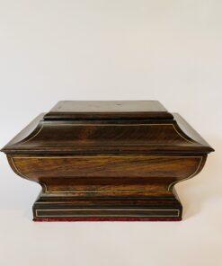 Шкатулка антикварная из палисандра с потайным дном, XIX в., Франция