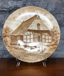 Набор из трёх декоративных фарфоровых тарелок Kaiser, Германия.