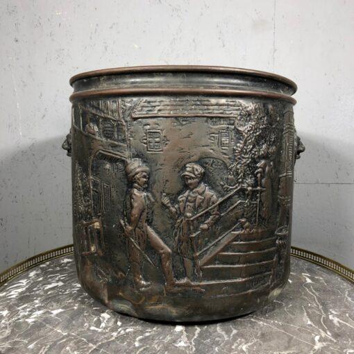 старинные предметы из металла