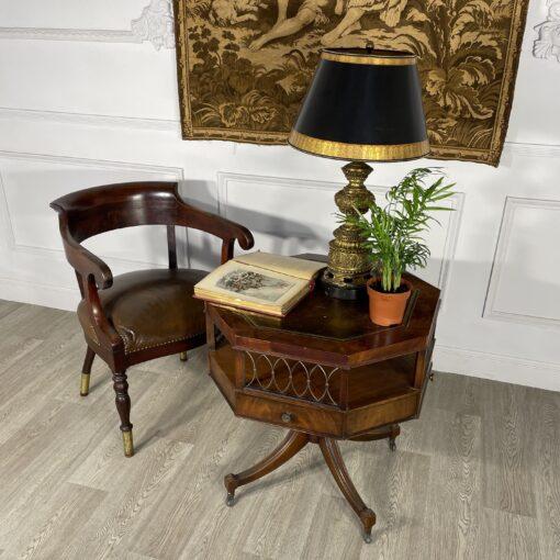 Рабочее кресло начала XX века.