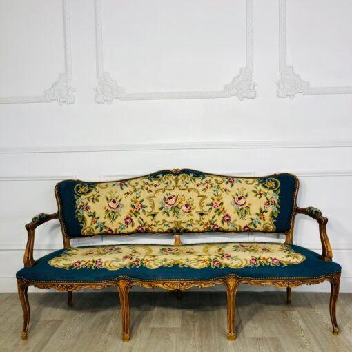 Гарнитур мягкой мебели (диванчик трёхместный и два полукресла) первой половины XX века, Франция.