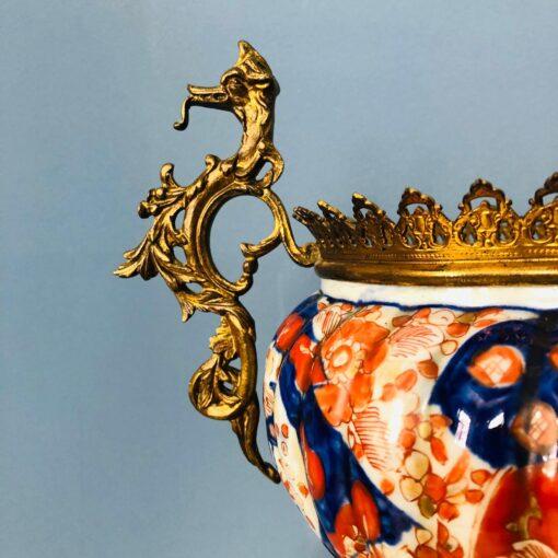 Большое фарфоровое кашпо на подставке XIX-XX века, Европа