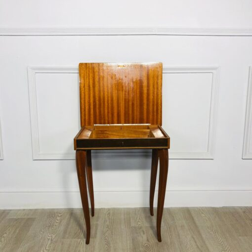 Музыкальный Столик для рукоделия 1960х годов.