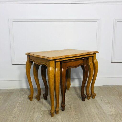 Столик «матрешка», состоящий из трёх столиков середины XX века, Бельгия.