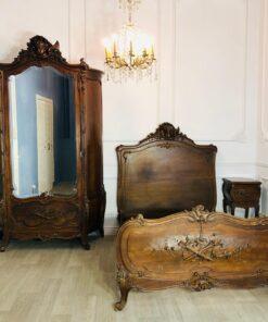Спальный гарнитур Льежской мануфактуры XIX века, Франция.