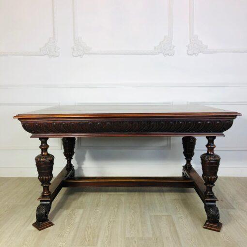 Большой обеденный стол XIX-XX века, Франция.