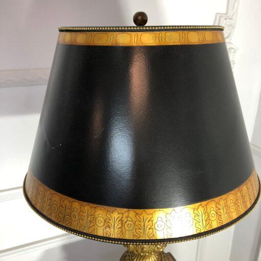 Большая бронзовая лампа на мраморном основании первой половины XX века, Франция.