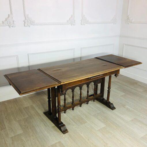 Очень красивый, изящный обеденный стол конца XIX века, Франция.