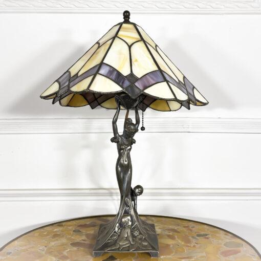 Настольная лампа в стиле Тиффани, эпоха модерн, начало ХХ века, Франция.