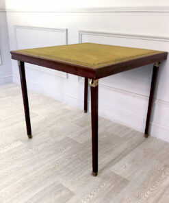 Антикварный игральный складной столик начала ХХ века из Франции.