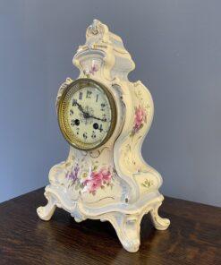 Фарфоровые часы первой половины XX века, Royal Bonn, Германия.
