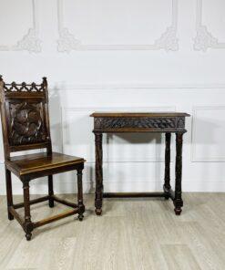 Антикварный комплект рабочий столик и стул в готическом стиле1870-1890 гг. Франция.