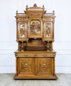 Буфет антикварный «Шуты» конца XIX века, Франция.