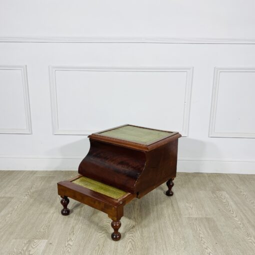 Обувница антикварная начала XX века.