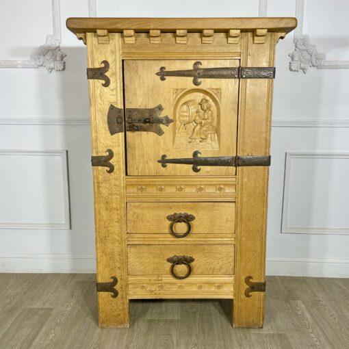 Шкаф винный антикварный середины XX века.