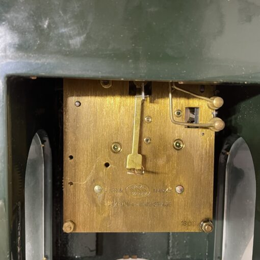Часы каминные антикварные середины XX века. Фото 5.